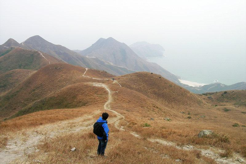 trail down to Tung Wan