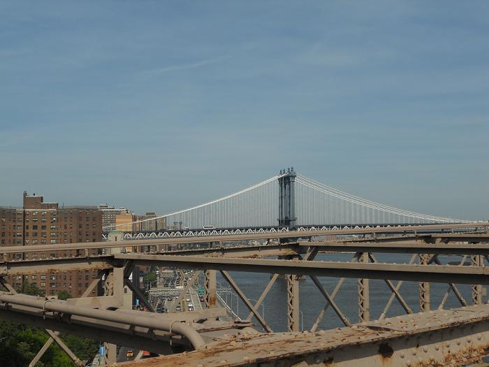 New York - view of the Manhatten Bridge from Brooklyn Bridge