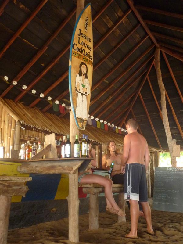 Akwidaa - green-turtle lodge - jesus loves cocktails