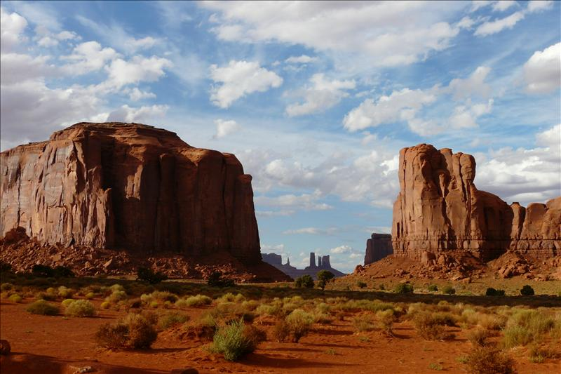 The window, Monument Valley