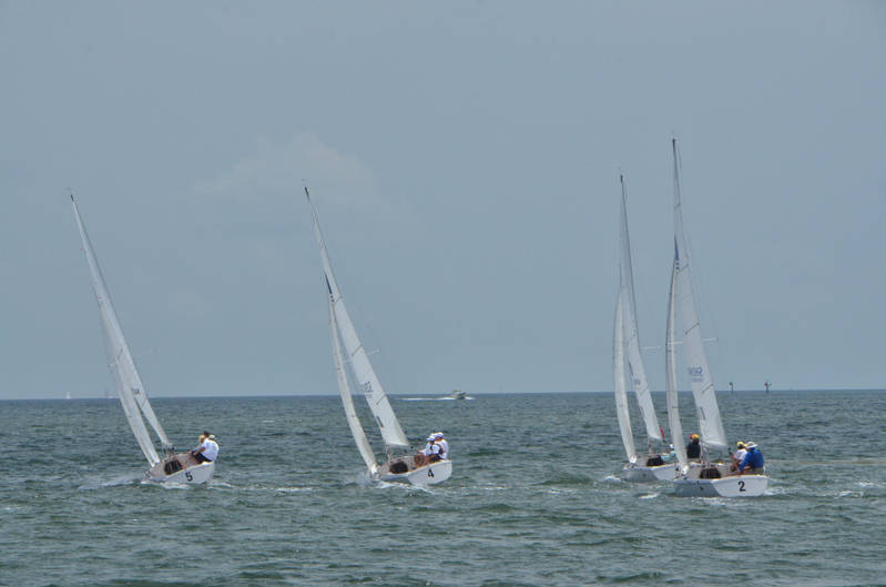 St Petersburg FL Races and Harbor 4-19-21-12 091.jpg