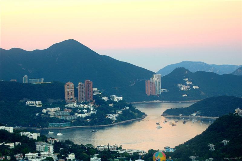 遠眺壽臣山及深水灣一帶的景色