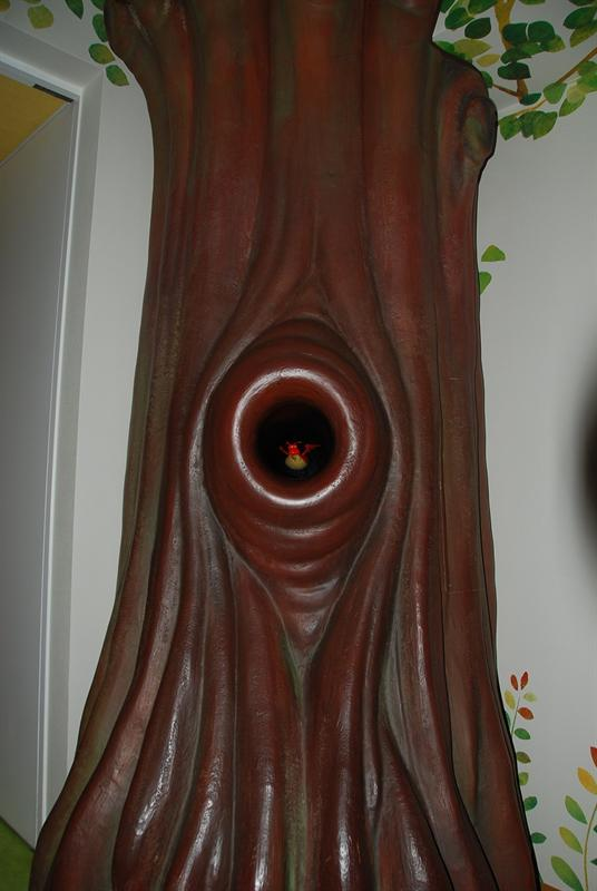 電梯間的魔法樹