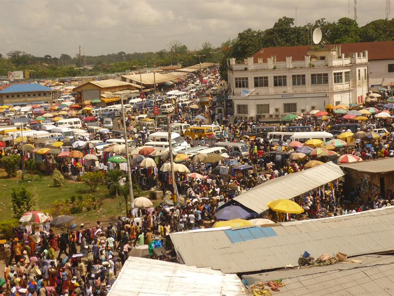 Kumasi - Markteingang