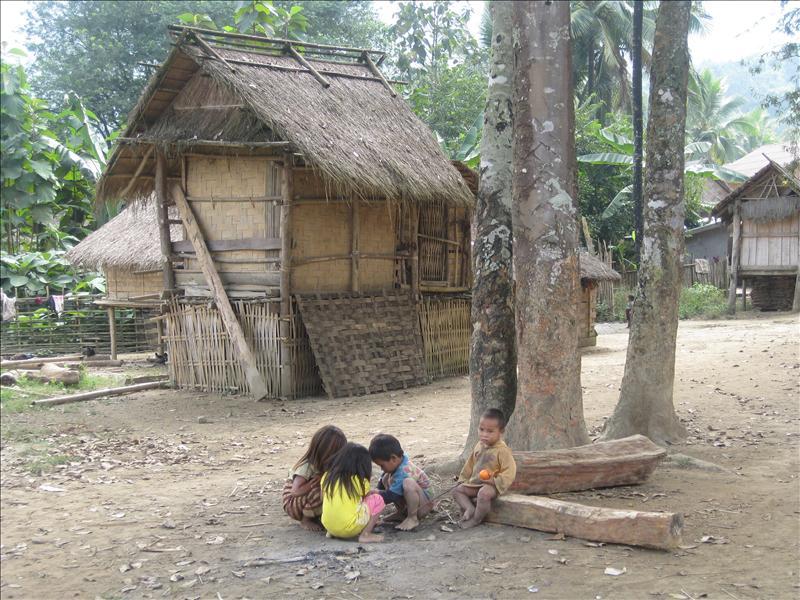 Children in Khmu tribe village