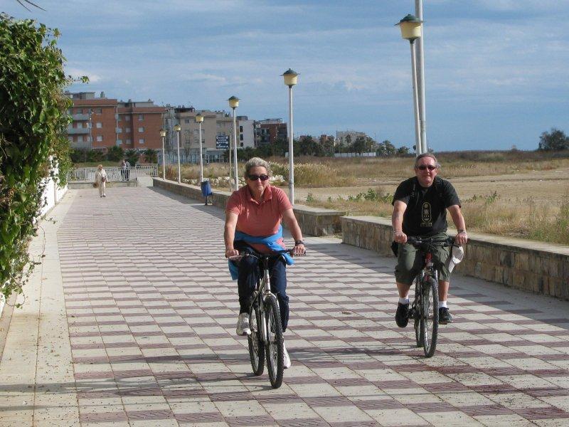 Promenade cycling.
