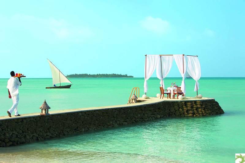 Beach-breakfast-Taj-Exotica-Maldives.jpg