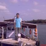 DSC00028-me-boat.JPG