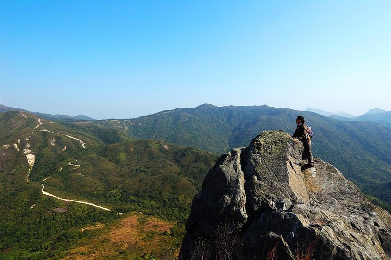 右望岩頭山、嶂上及畫眉山方向
