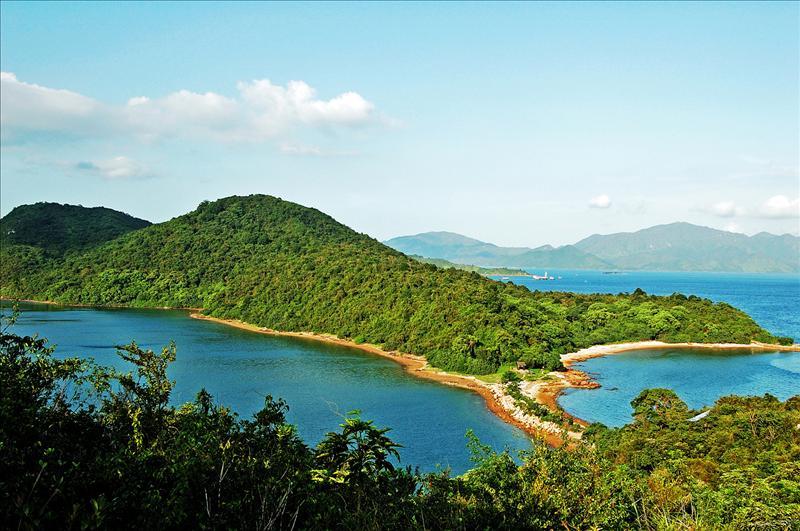馬屎洲全景及近年才形成的連島沙洲