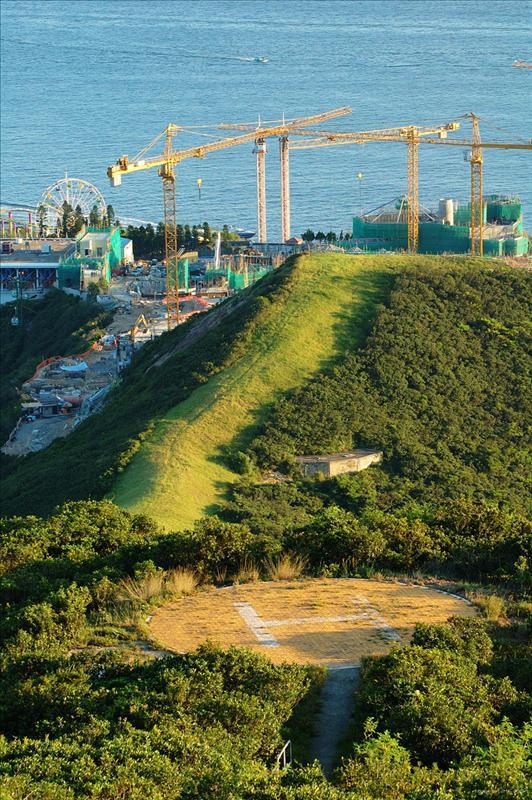南朗山直升機坪及海洋公園纜車站