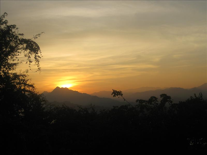 Sunset from Phu Si Hil