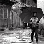 little-umbrella-girl1.jpg