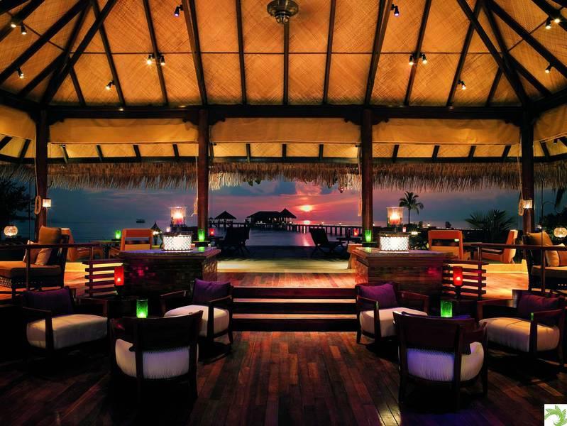 Equator-Bar-Taj-Exotica-Maldives.jpg