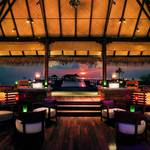 Equator-Bar-Taj-Exotica-Maldives.jpg