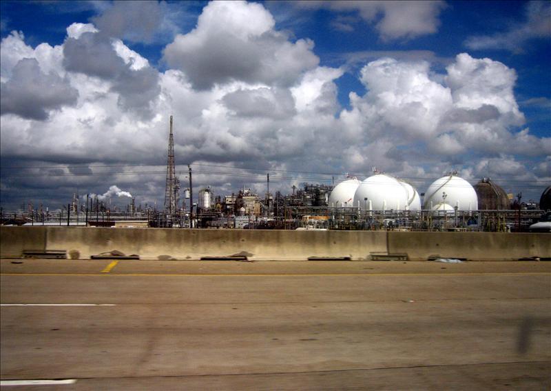 休斯顿的炼油厂