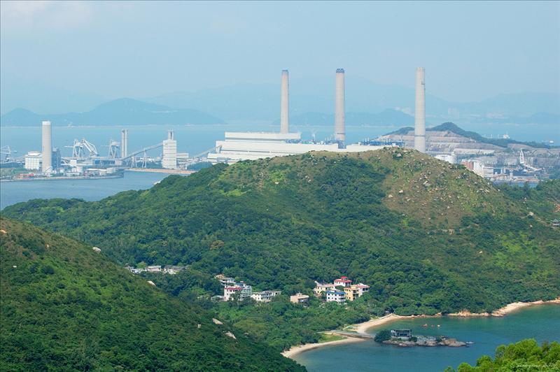 遠眺南丫島發電廠