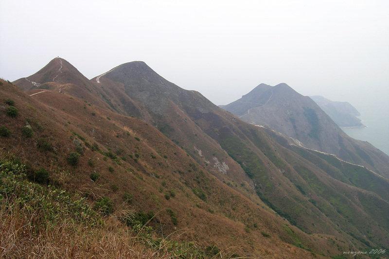 Mai Fan Teng左上角的尖峰為米粉頂高度 340-360米