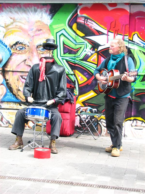 Street musicians in Galway