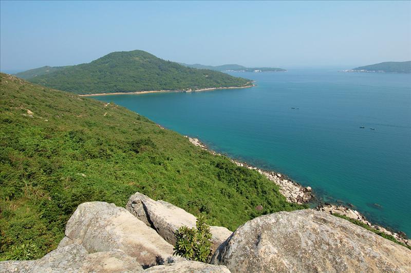 爐仔石望大灘海峽及遠眺對岸的高流灣及塔門海光山色