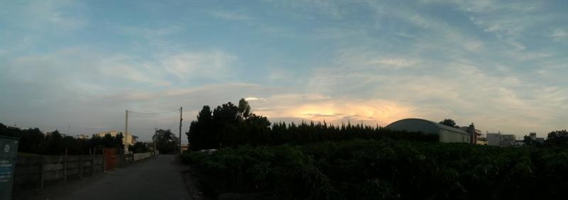 太陽剛下山的時候拍的!!