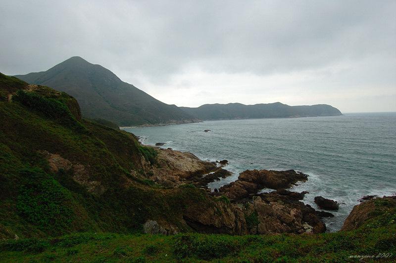 DSC_4309 東灣山與長咀半島.jpg