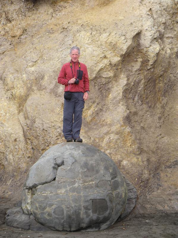 Pete on a Moeraki Boulder