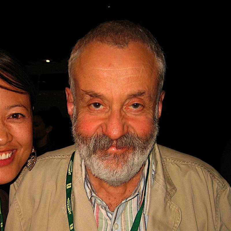 Director Mike Leigh, and honoree this year for the Havana Film Festival. I hung out with him before in April at SF International Film Festival 2008.