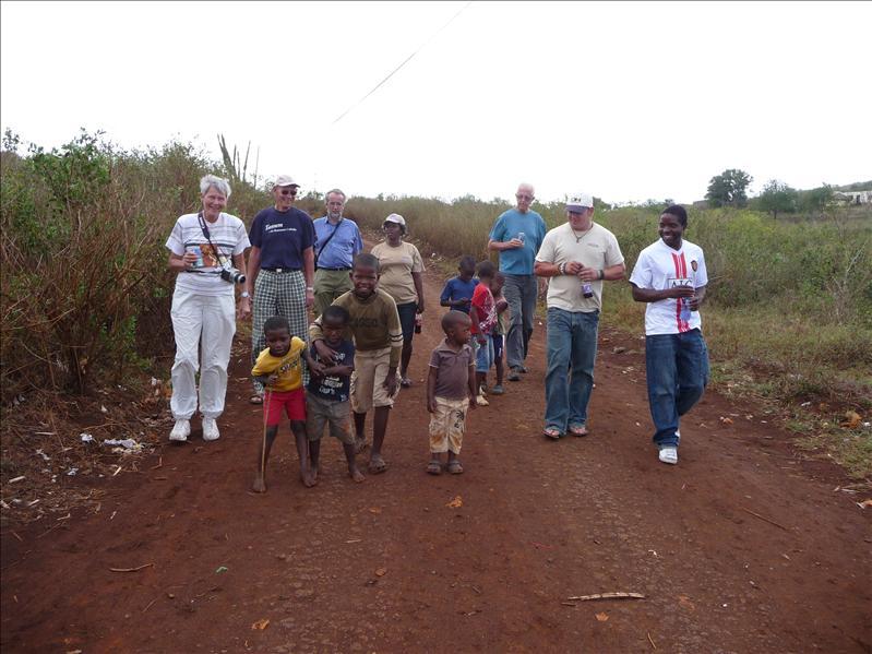 A walk with kids / Une ballade avec les enfants