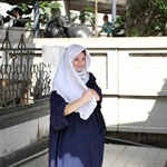 przed wejsciem do meczetu