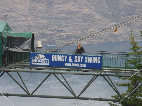 The dreaded bungy!! Feeling fine at the start.......
