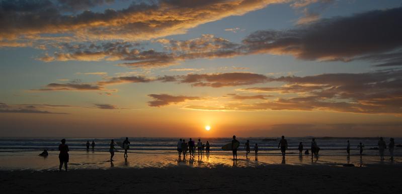 Playa tamarindo.jpg