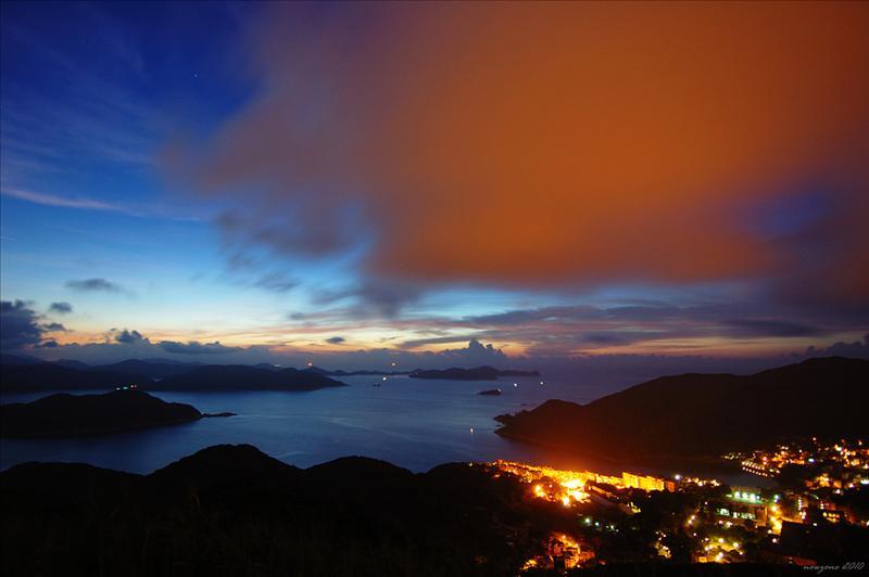 上洋山望相思灣、牛尾海及吊鐘洲等景色