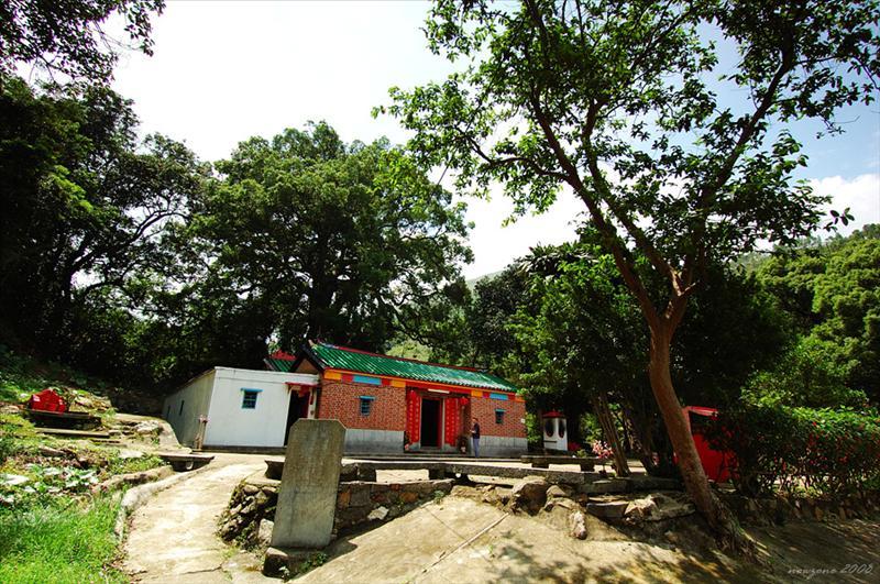 龍潭古廟 Lung Tam Temple
