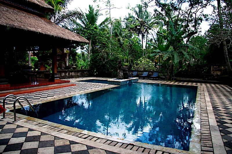 Arma's pool