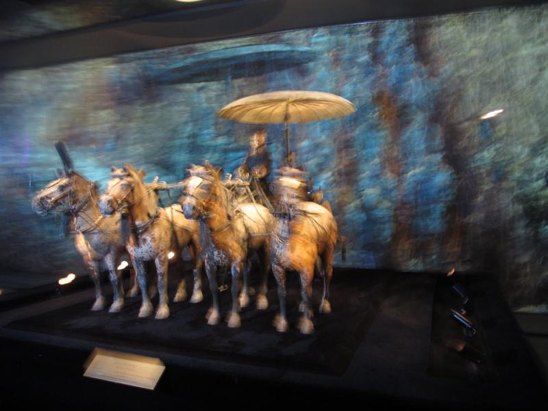 2000 years' ancient color-paint bronze chariot and horses in Qin Shihuang's tomb-yard. (秦陵彩紜銅車馬).