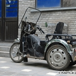 Motor on alley