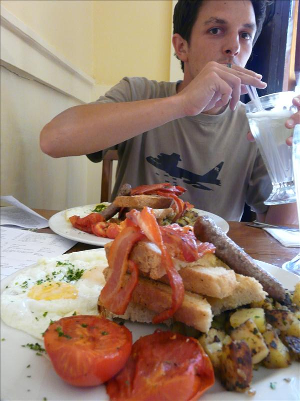 Fry up at Jack's Cafe. Buenissimo