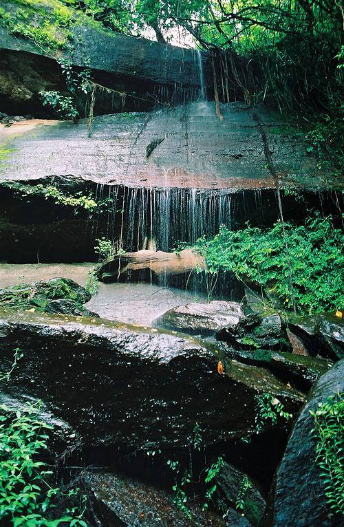 Waterfall Tham Par