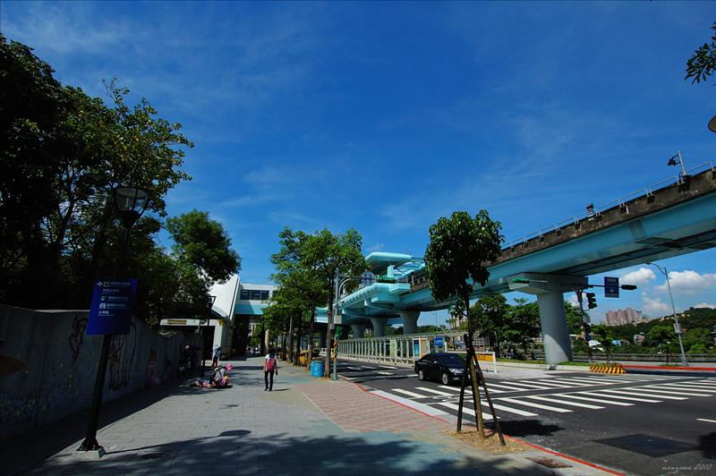 動物園站 Taipei Zoo Station