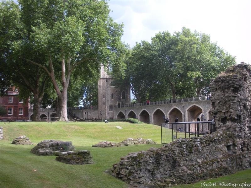 London (Tower)
