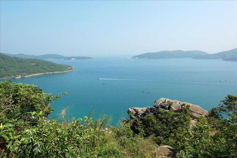 爐仔石望大灘海峽及遠眺對岸的高流灣及塔門海光山色Unveiling beautiful scenery of Tai Tan Channel, Ko Lau Wan and Tap Mun across the bay