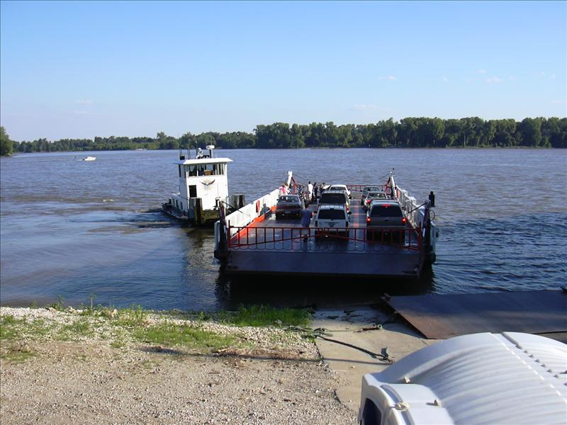 the Eagle ferry is next to Kinders but it wants money, but it is not a lot to go to Saint Charles, Missouri