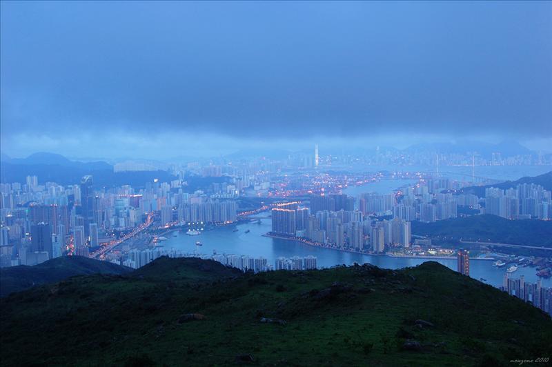 腑瞰荃灣、青衣及香港島景色