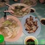 我吃到Thailand 的鸡+饭很好吃..!!