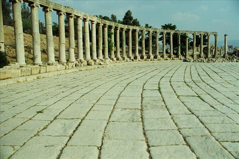 the oval forum of roman jerash