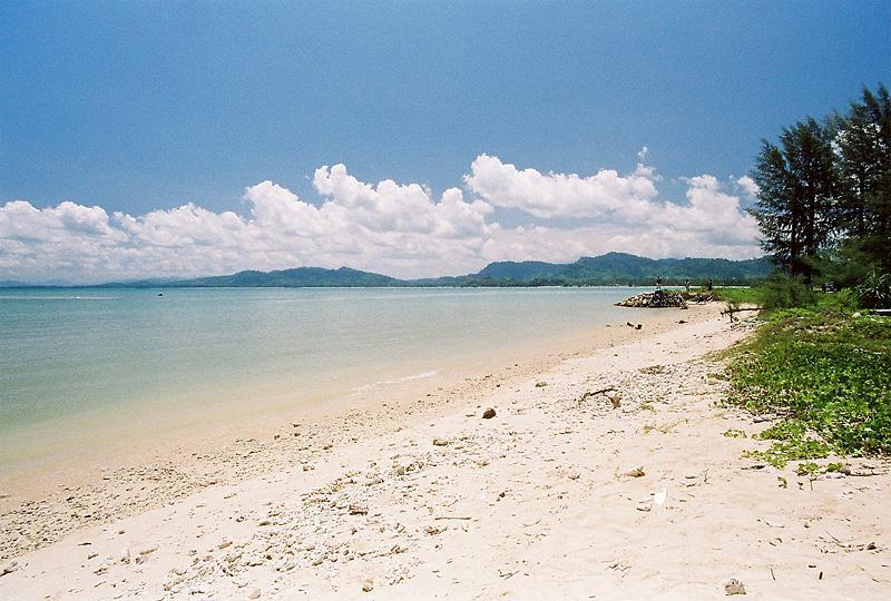 bangsak-beach