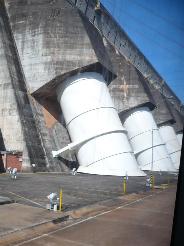 Turbine in Itaipú