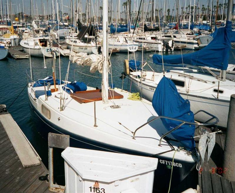 beach boating attractions