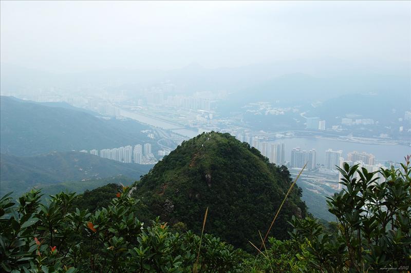回望吊手岩 Tiu Shau Ngam